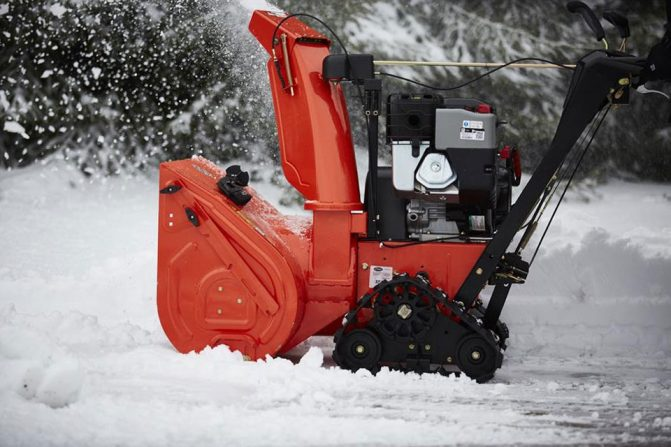 Top Five Tracked Snowblowers Snowblower Com