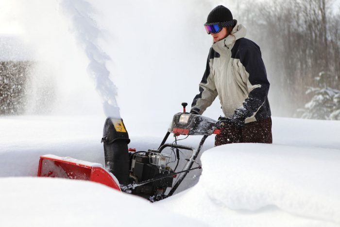 Snow Blowers Reviews >> Snowblower Reviews New Snow Blowers And Snow Throwers